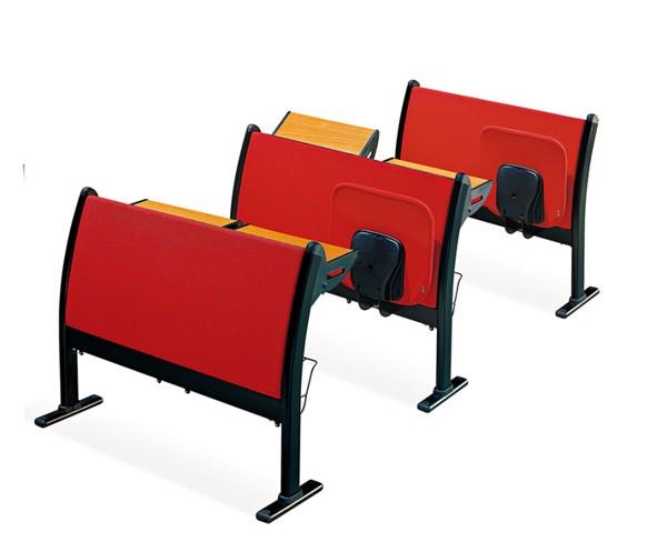 �L沙多媒�w教室�n桌椅